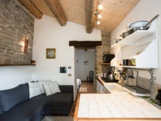 lounge tuscany self catering